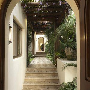 Stone-Contractors-Villa-Cielo-del-Mar-2016-01-300x300
