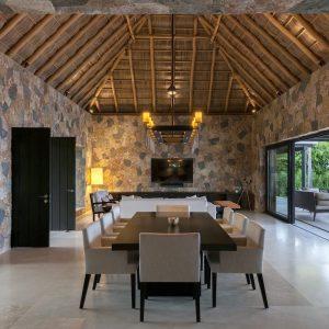 Stone-Contractors-Casa-Belleza-2016-05-300x300